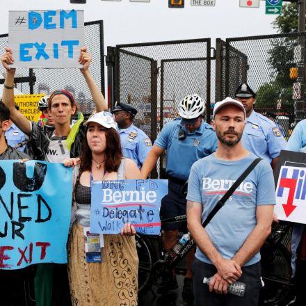 DNC destroyed Bernie Sanders' shot at the presidency, lawsuit claims