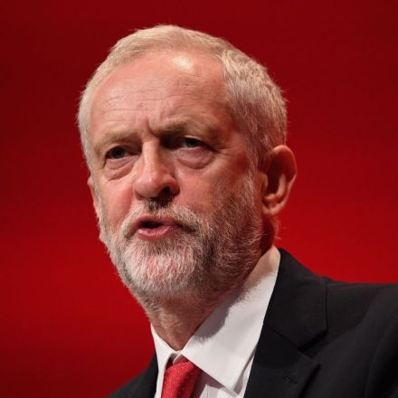 NHS 'crisis': Corbyn demands answers from PM