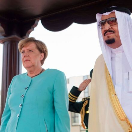 Angela Merkel arrives in Saudi Arabia without hijab in rejection of strict dress code