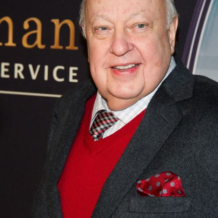 Roger Ailes to be removed by Murdoch as Fox News CEO