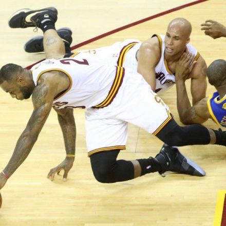 Cleveland Cavaliers Show Passion, Feed off Home Crowd and Come to Life --