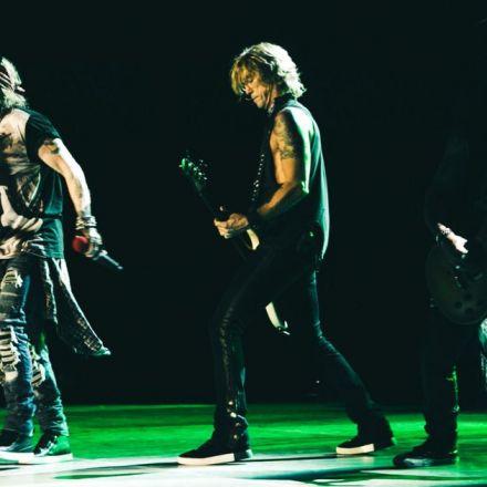 The New Punctual Guns N' Roses