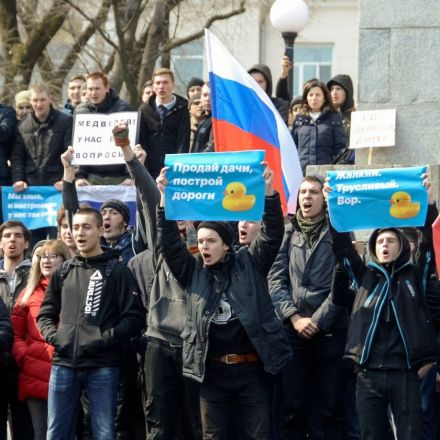 Russian police arrest anti-corruption leader Navalny, hundreds more in nationwide rallies