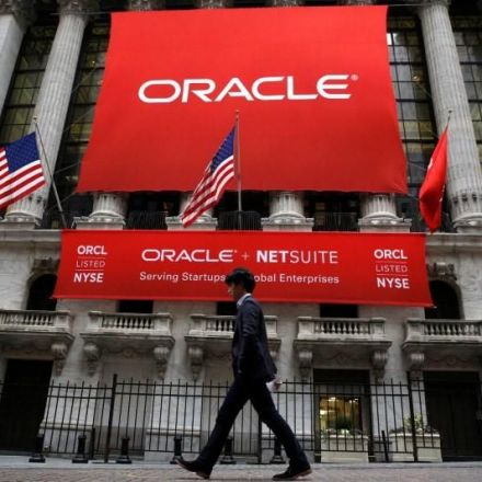 U.S. sues Oracle, alleges salary and hiring discrimination