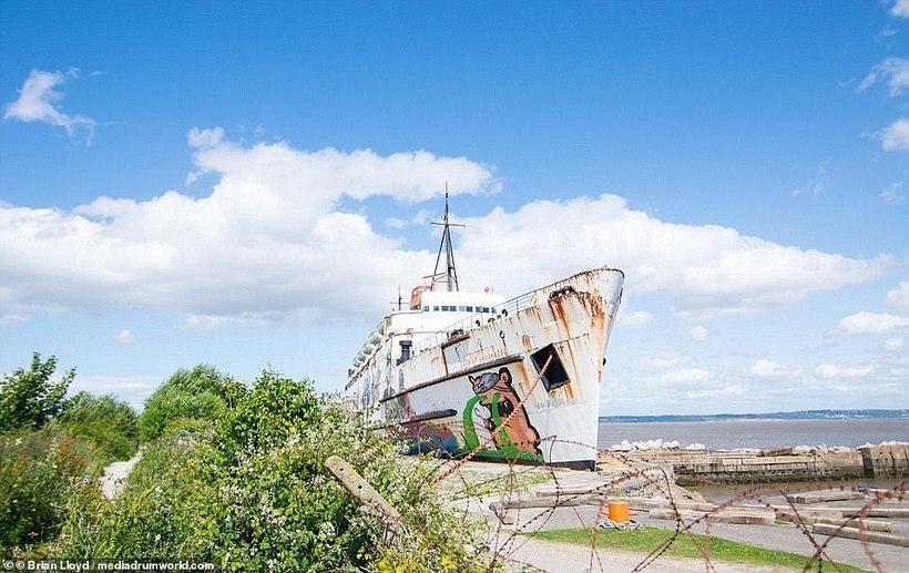 В Британии из заброшенного корабля сделают место зомби-апокалипсиса
