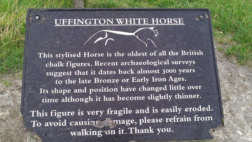 Уффингтонская белая лошадь — самый элегантный геоглиф в мире