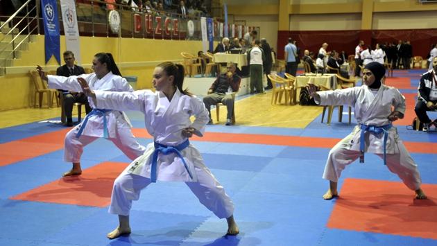 Türkiye Karate Şampiyonası Düzcede başladı
