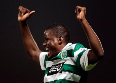 Sporting Lisboa's Carvalho celebrates his goal against Pacos de Ferreira during their Portuguese Premier League soccer match at the Mata Real stadium in Pacos de Ferreira