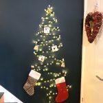 Make A Diy Christmas Tree For Your Wall Velcro Brand Blog