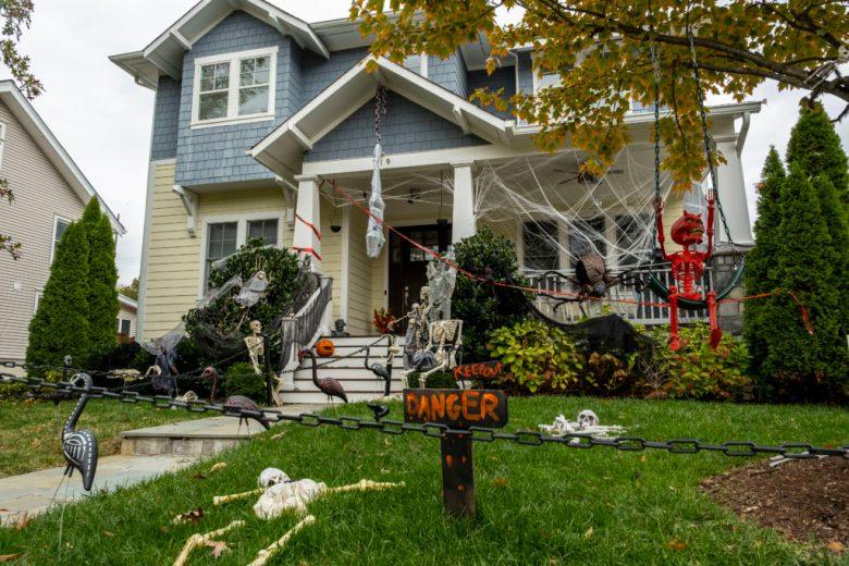 Arlington Texas Halloween 2020 Morning Poll: Are you decorating Halloween this year?   Arlington