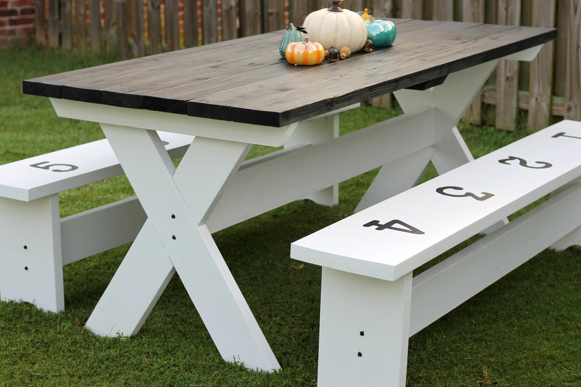 How To Build A Farmhouse Picnic Table