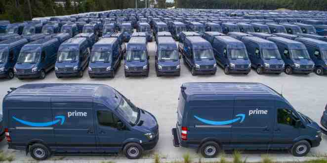 20,000 leased Sprinter vans and O/Os: Amazon's last-mile delivery strategy  comes into focus - FreightWaves