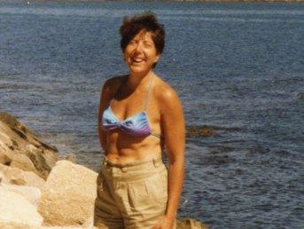 1987-z-sheila-cliff-walk