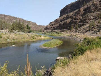 2-Crooked River