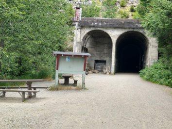 snoqualmie hyak tunnel