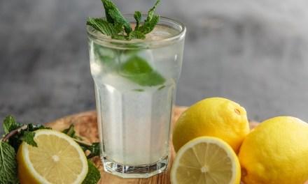 喝一堆水還是渴?錯誤喝水方式愈喝愈渴!