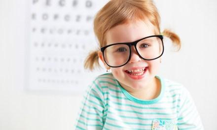 孩子的眼睛從小開始照料,避免小小年紀戴眼鏡就該這樣做!