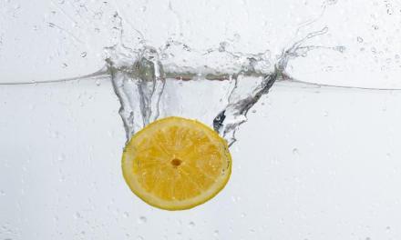 每天喝檸檬水排毒減肥,月瘦xx kg不是夢?