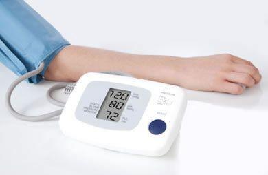 不讓壓力擊垮你!這樣做高血壓患者也能舉起啞鈴做運動!