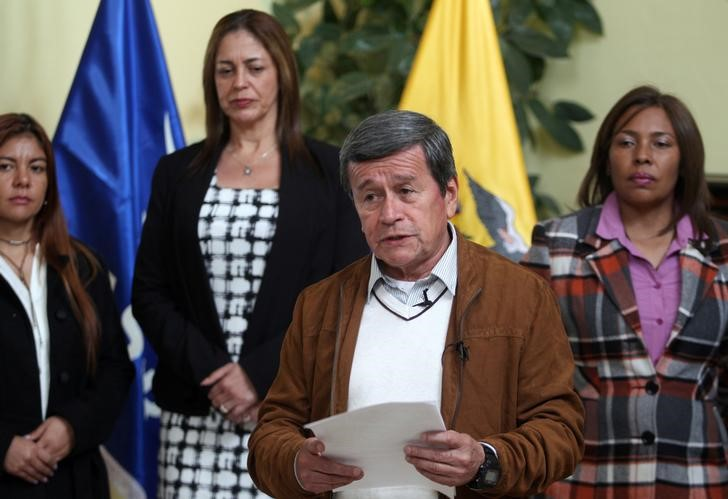 Pablo Beltran, representative of the delegation of the National Liberation Army (ELN), addresses the media in Quito, Ecuador January 10, 2018. Credit: Reuters/Daniel Tapia