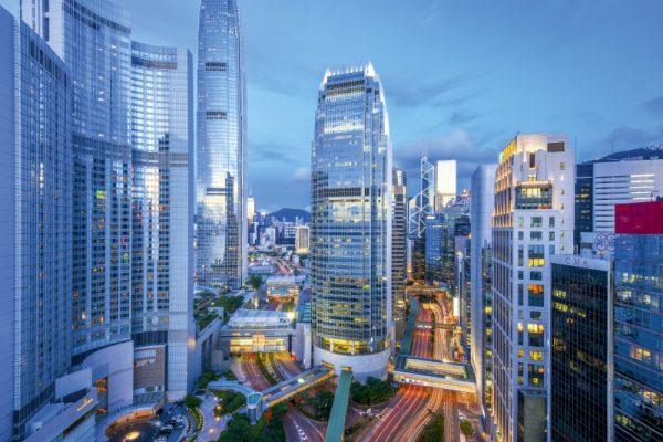 仲量聯行:8月香港甲級寫字樓租金跌幅收窄 成交宗數按月升10% - Capital 資本平臺