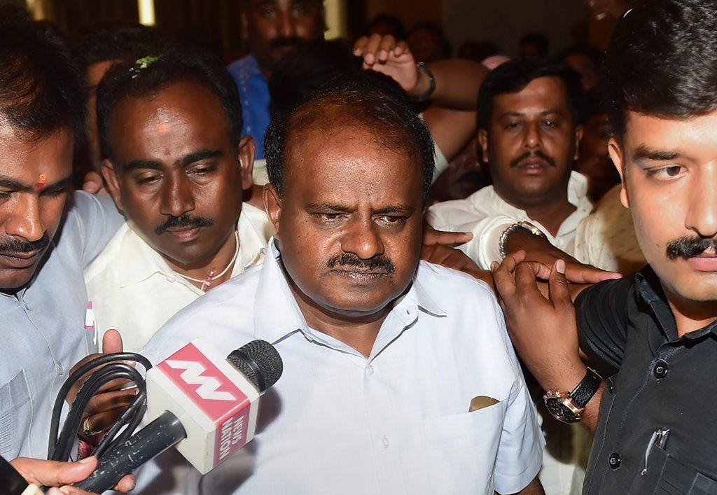 میڈیا ہمارا مذاق اڑاتاہے، اس کو کنٹرول کرنے کے لئے قانون کی ضرورت: کرناٹک وزیراعلیٰ