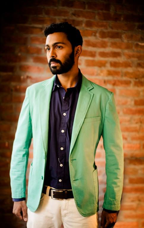 Designer Arun Jay maintains this rather understated look. Totally love this mint green jacket which takes this look to a new level.