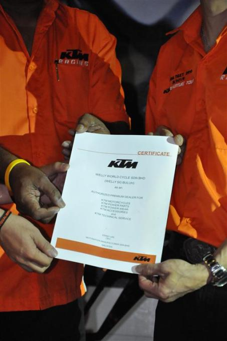 KTM Duke R (2011) Launch - 076