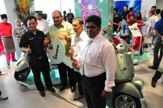 Piaggio Liberty 150cc Launch at New Vespa Showroom - 01