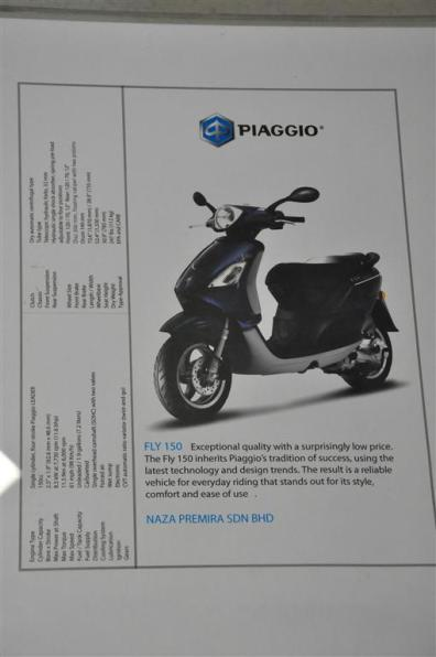 Piaggio Liberty 150cc Launch at New Vespa Showroom - 47