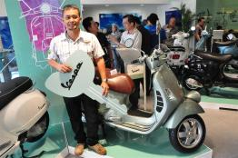 Piaggio Liberty 150cc Launch at New Vespa Showroom - 50