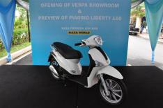 Piaggio Liberty 150cc Launch at New Vespa Showroom - 61