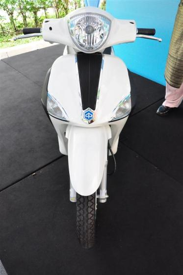 Piaggio Liberty 150cc Launch at New Vespa Showroom - 85