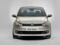 Volkswagen Polo Sedan - 07