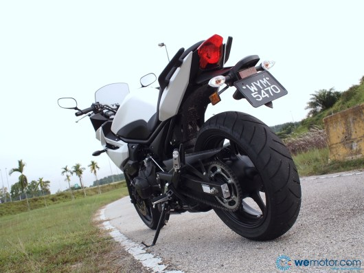 2013 Yamaha XJ6 Diversion 020