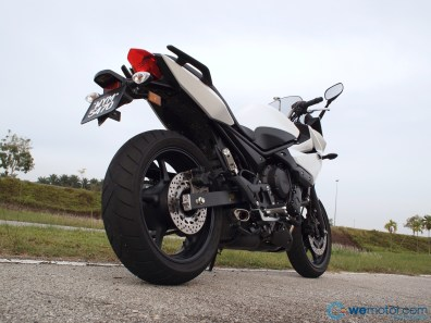 2013 Yamaha XJ6 Diversion 021