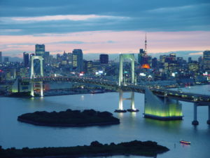 Tokyo Bay seen from Odaiba, Minato. Photo courtesy of cors via Wikimedia.