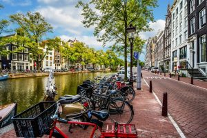 Amsterdam mobilizes for a clean, prosperous, sustainable future