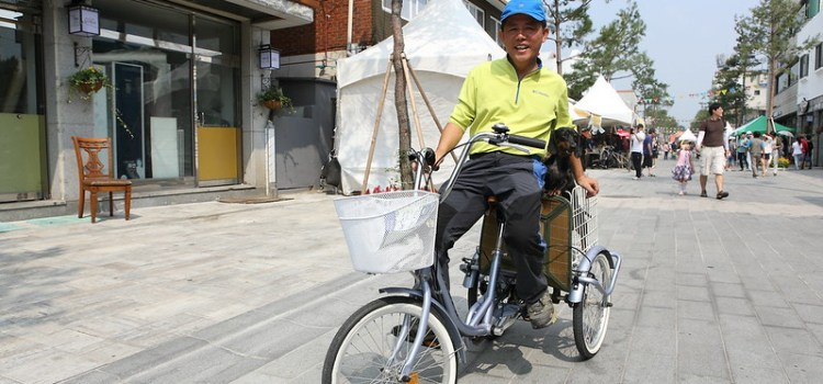 """Moving in the right direction: How the first Korean """"Bike to Work Challenge"""" is leveraging technology to tackle climate change"""