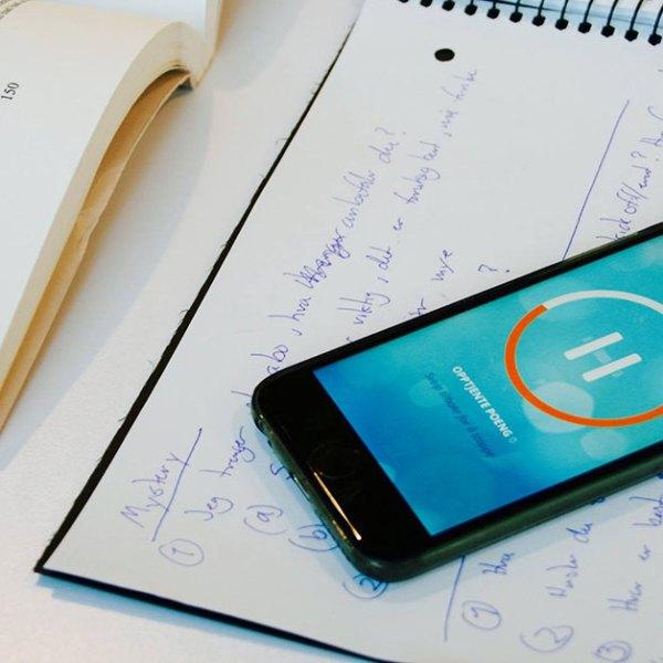 Er mobilen en tidstyv på skolen? Appen Hold kan hjelpe