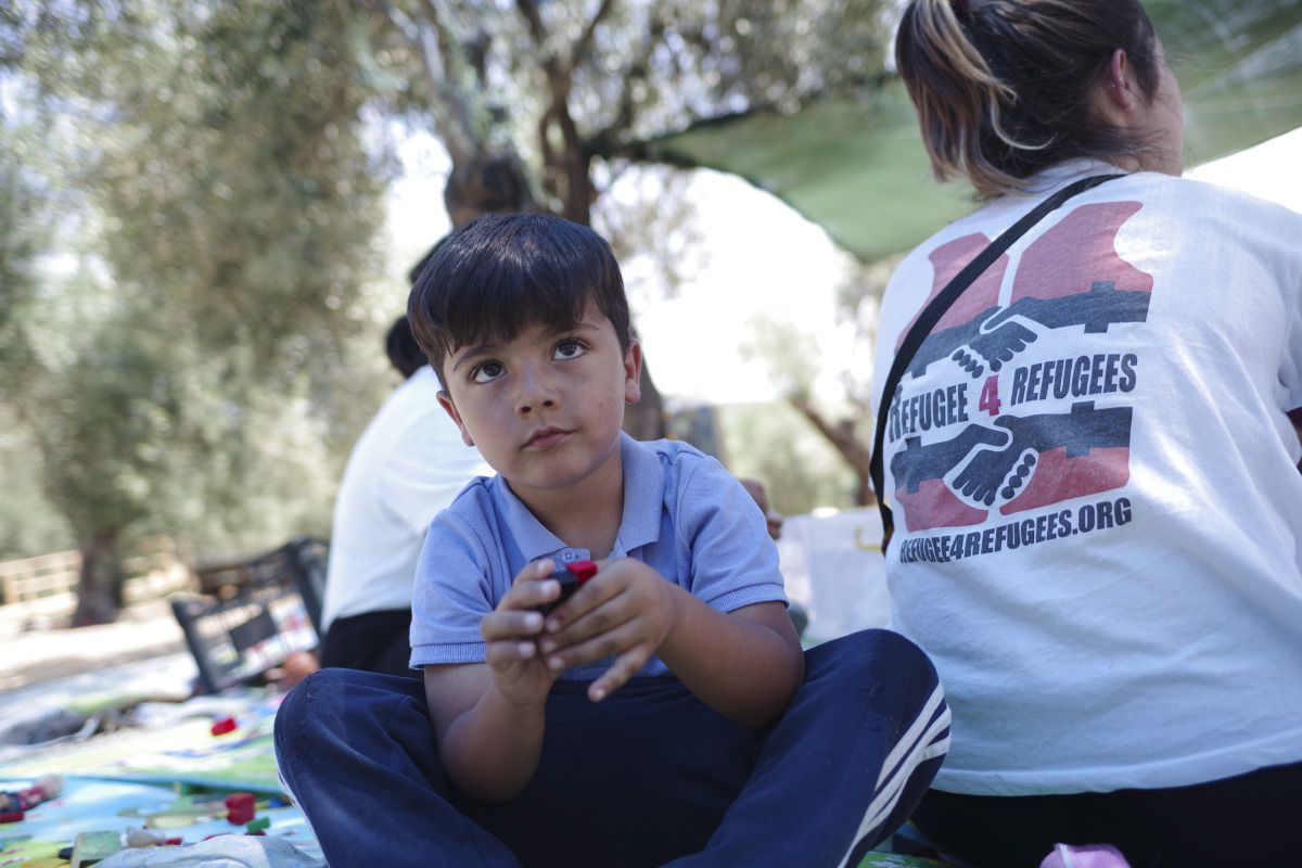 medland-project-story-besides-moira-camp-near-lesbos-greece-refugees-4-refugees