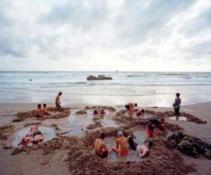 الشاطئ الساخن