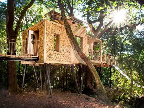 WOODMAN'S TREEHOUSE