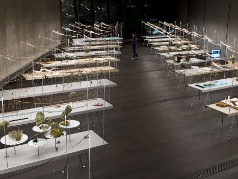 ronan-erwan-bouroullec-vitra-fire-station-reveries-urbaines-exhibition-designboom-010