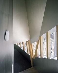 Architecture_Monte_Rosa_Hut_Bearth_Deplazes_Architekten03-1050x1326