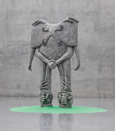 2010_MD_Statue_for_Gesticulation_2