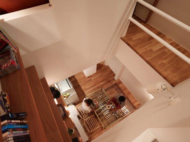 tiny-house-kobe-fujiwaramuro-architects-japan-_dezeen_2364_col_6