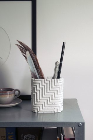 herringbone-objects-phil-cuttance_dezeen_2364_col_2