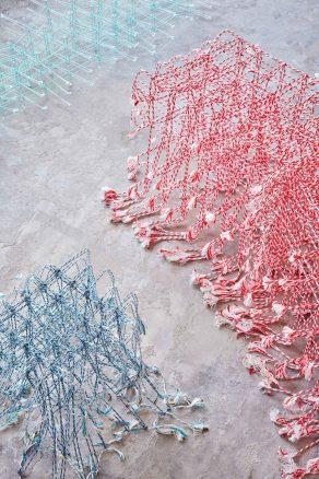 design-francis-grimbrere-standing-textile-02-1440x2160