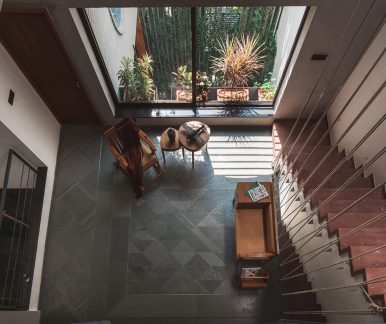 architecture-neogenesis-studi0261-jungalow-house-05-1440x1210
